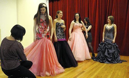 Dress Shops: 2014